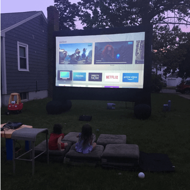 How to have a kids outdoor movie night