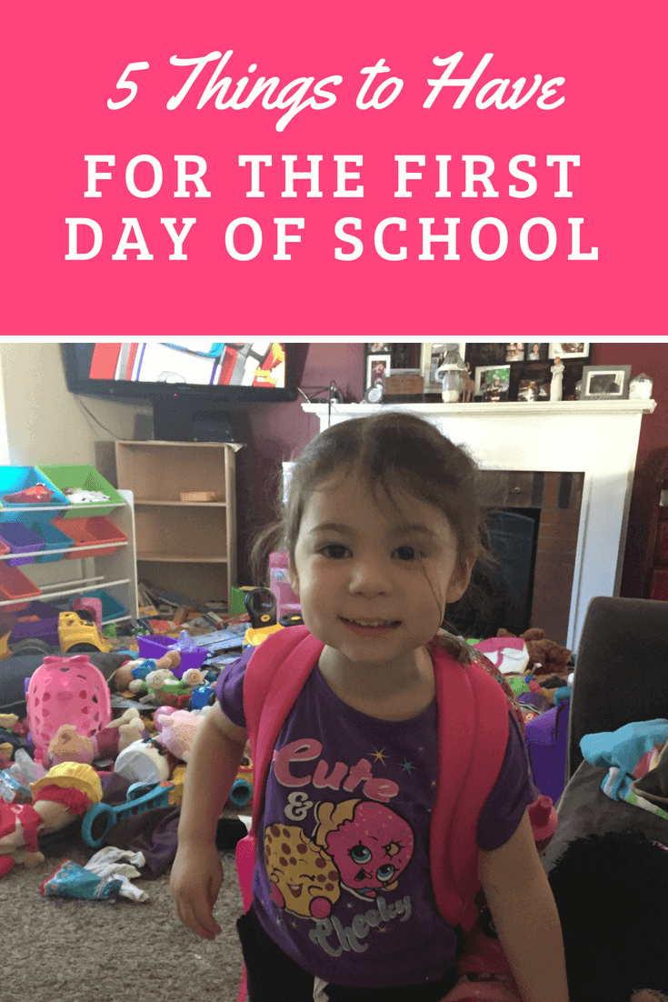 Ideas of 5 things to have on the first day of school #ad